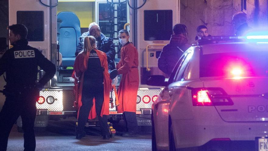 Un jove amb vestit medieval mata 2 persones durant la nit de Halloween a Quebec