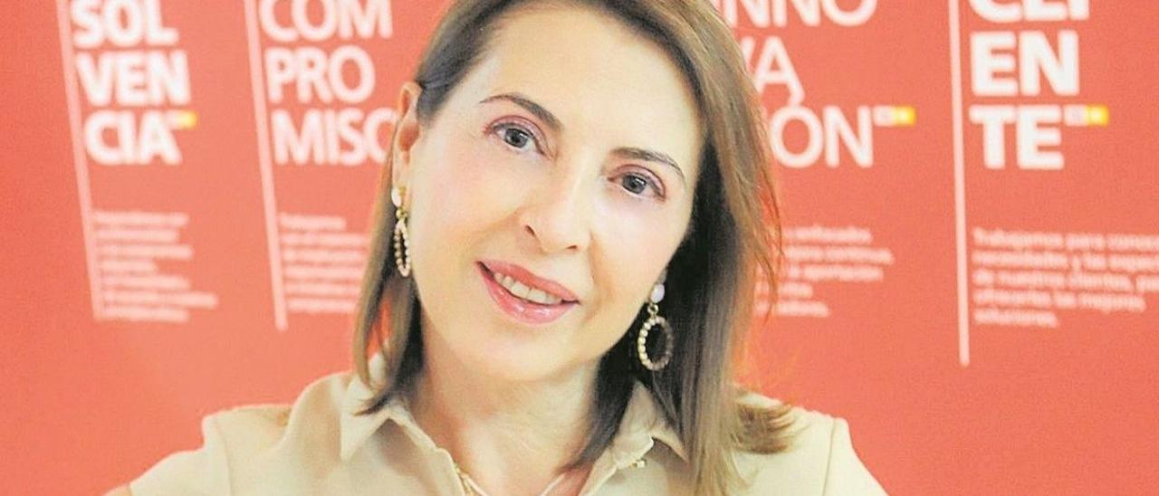 Ángeles Serna, en la sede de TM Grupo Inmobiliario en Torrevieja.