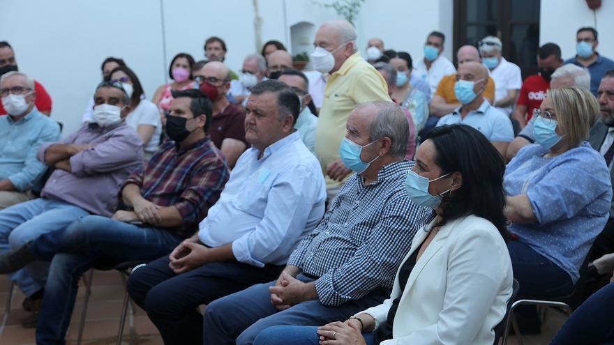 Iniciativa por Córdoba presenta en Montilla sus ideas para dirigir el PSOE provincial