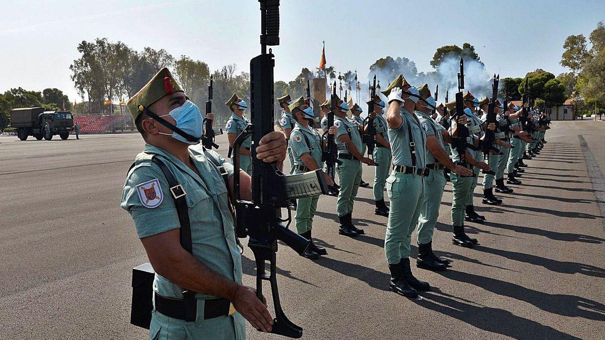 Acto de celebración del centenario de la Legión en su base de Almería