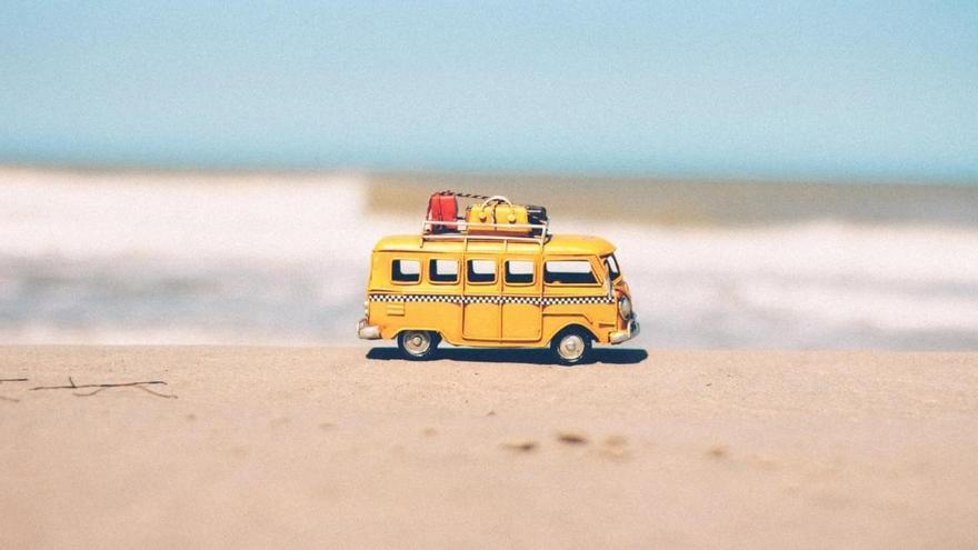 10 accesorios que no pueden faltar en tu coche para ir a la playa