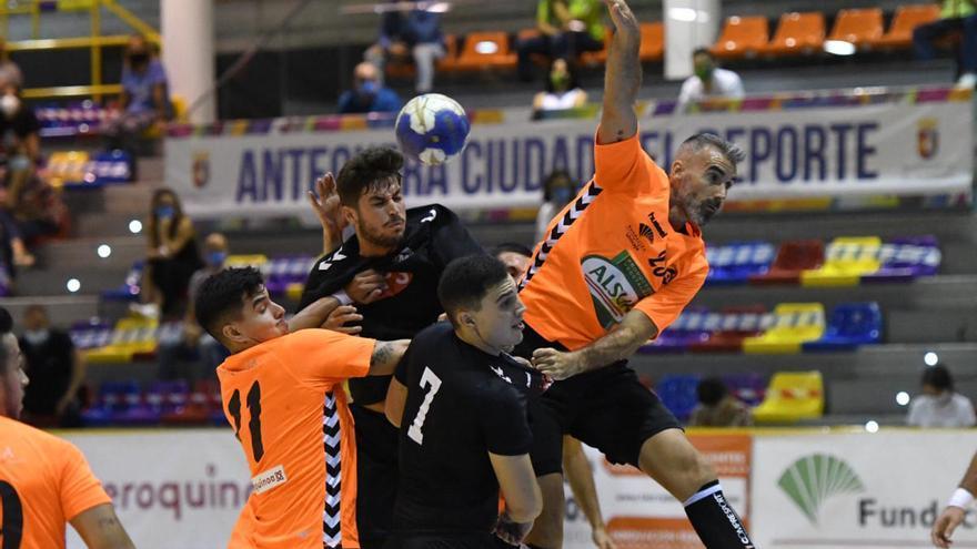 El Trops Málaga gana en Antequera y se clasifica para la final de la Copa de Andalucía