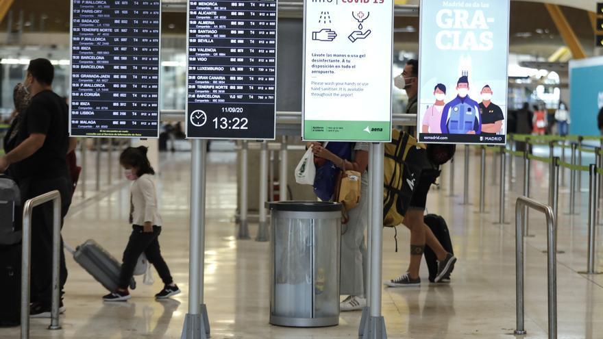 Los extranjeros residentes en España alcanzan su máximo histórico superando los 5,8 millones