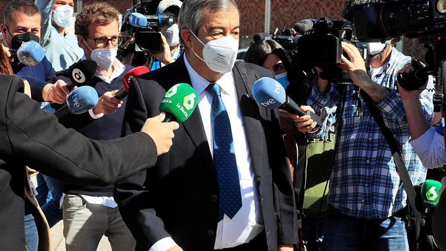 Un exdiputat del PP diu que Aznar va autoritzar pagaments amb la caixa B