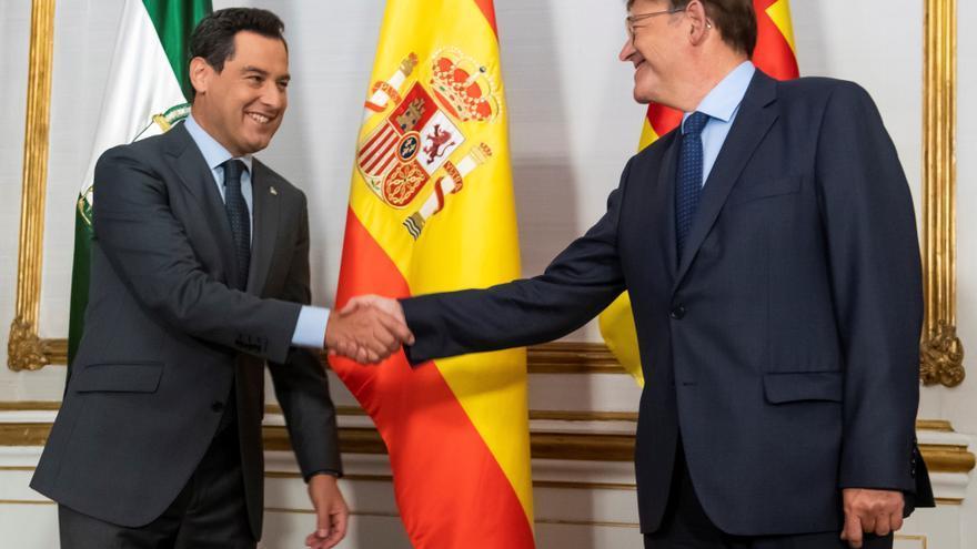 Juanma Moreno y Ximo Puig piden un fondo compensatorio mientras se reforma la financiación autonómica