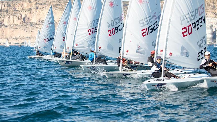 La Semana Náutica de Alicante reunirá un máximo de 300 participantes cada fin de semana