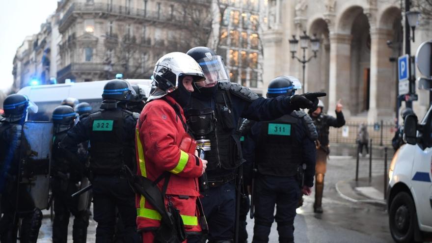Muere acuchillada una policía en la localidad francesa de Rambouillet