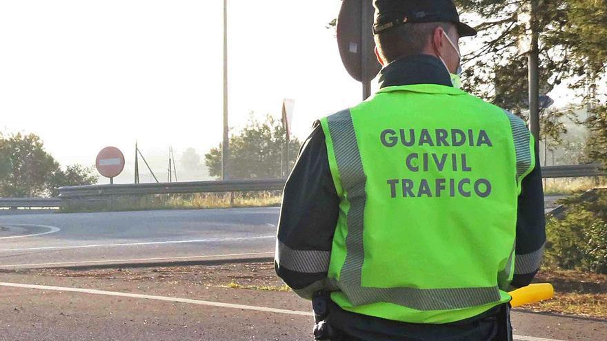 Detenido por huir tras atropellar a un amigo con un camión en Porreres