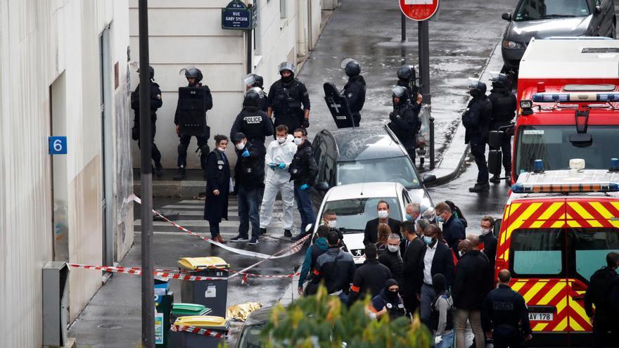 Quatre ferits per arma blanca als voltants de l'antiga seu de 'Charlie Hebdo' a París
