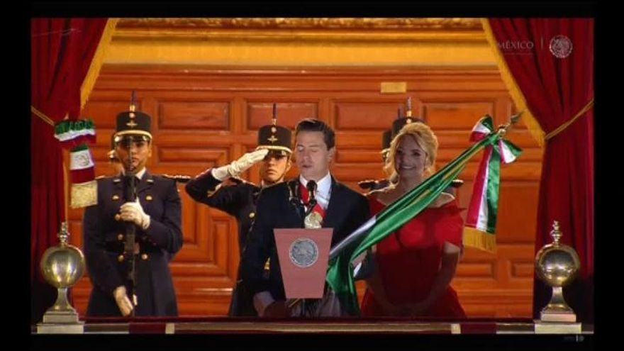 """Peña Nieto lanza por última vez el tradicional """"grito de independencia"""""""