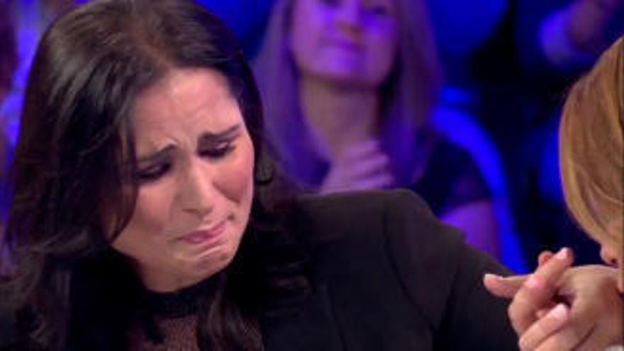 """Soraya Arnelas sale en defensa de Rosa: """"La gente piensa que en la industria de la música todo es maravillosoy no es así"""""""