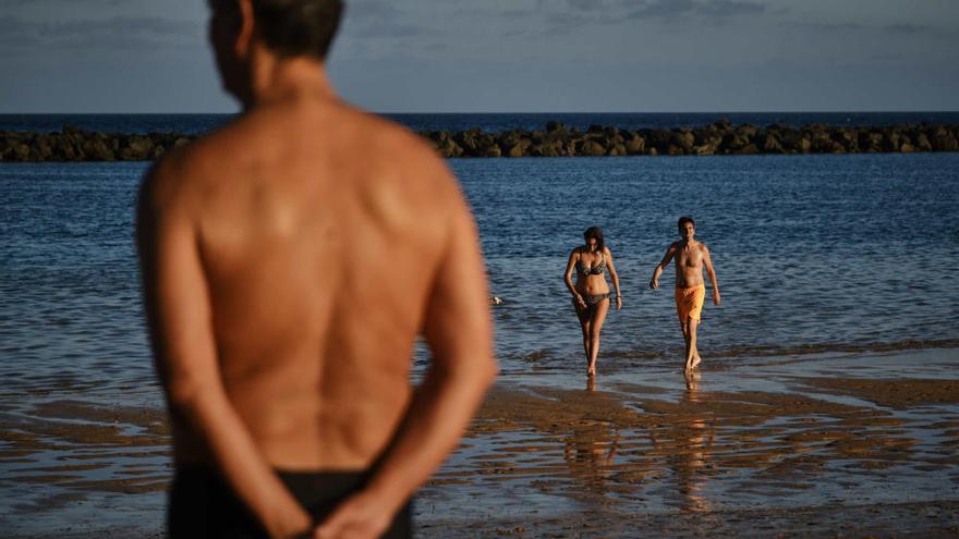 Septiembre de sol, playa y mascarillas