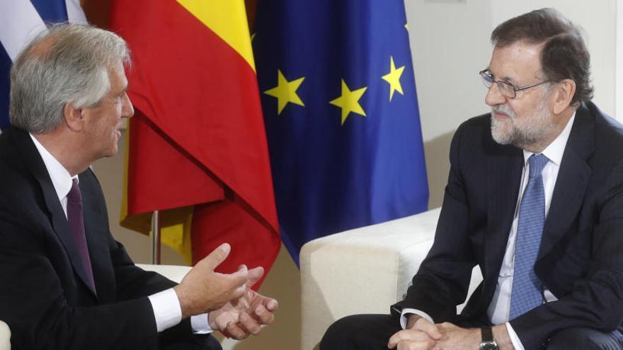 Rajoy y Vázquez repasan las relaciones bilaterales