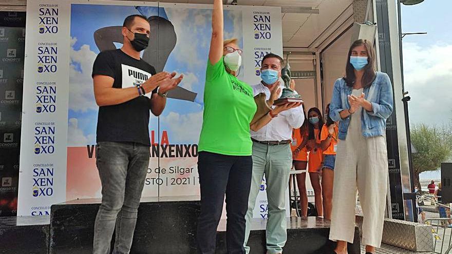 Las calles de Sanxenxo reúnen a 300 corredores