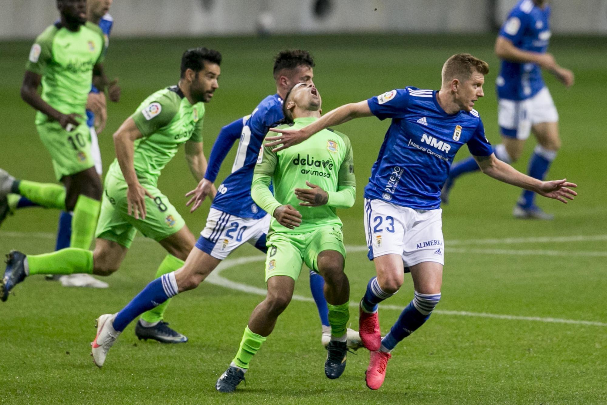 El partido entre el Real Oviedo y el Fuenlabrada, en imágenes