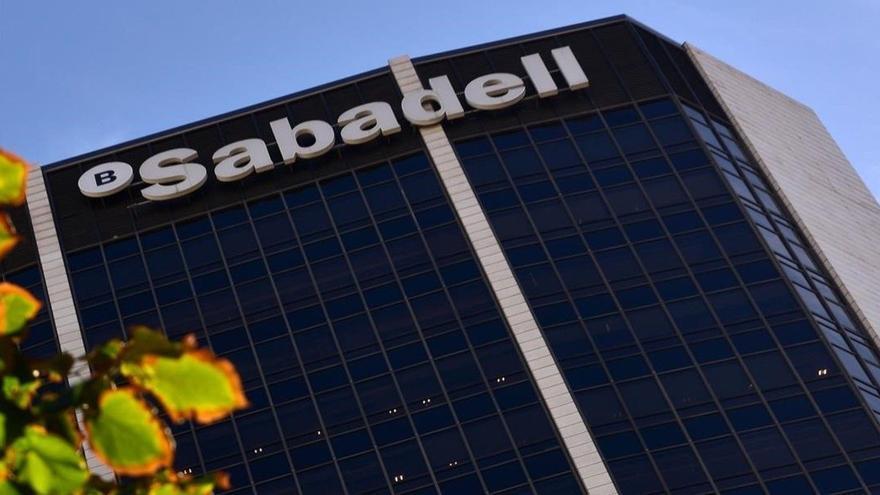 Banc Sabadell, una de les entitats menys solvents de la UE, segons el test d'estrès de l'EBA