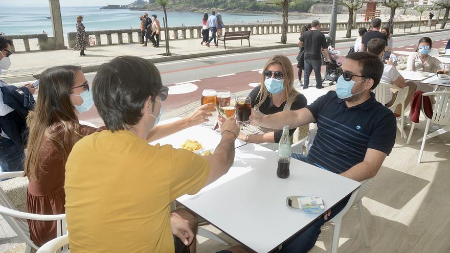 Los hosteleros gallegos piden abrir hasta la una de la madrugada