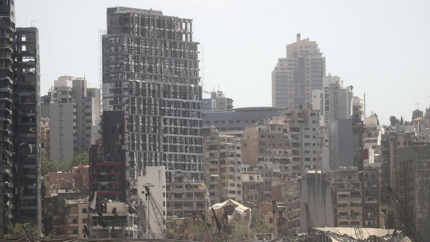 Dos exministros se niegan a ser interrogados por las explosiones en Beirut