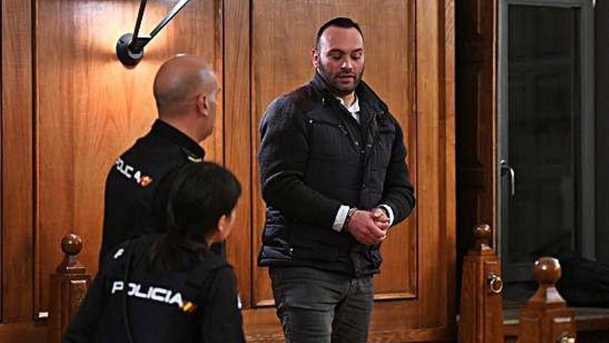 El jurado declara culpable de asesinato al acusado del crimen de Ponte Caldelas
