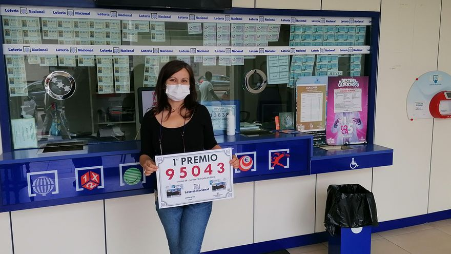 La suerte sonríe a Vigo con el primer premio de la Lotería Nacional