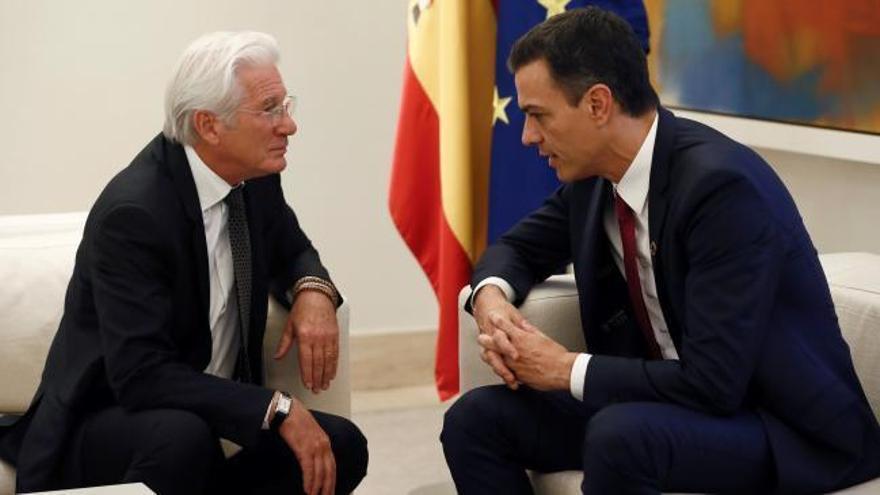 Sánchez quiere que la aporofobia sea un agravante penal