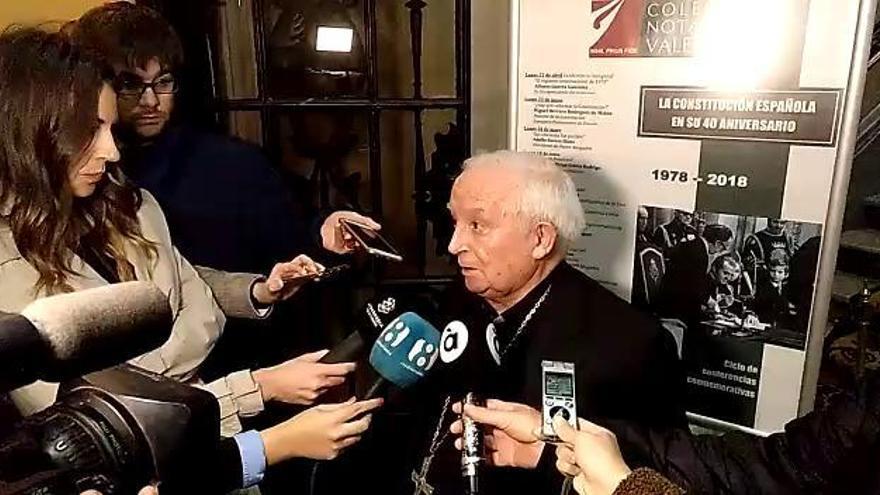 """El cardenal Cañizares defiende que Vox """"es de derechas, en absoluto de extrema derecha"""""""