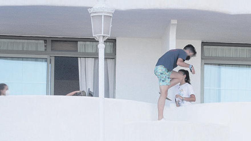 Zahlen der Massenansteckung steigen, erste Schüler im Corona-Hotel