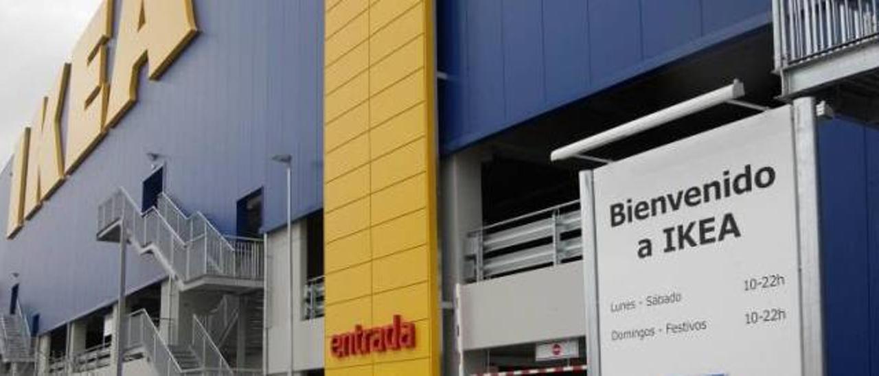 Ikea anuncia que abre en festivo y exige a Alfafar que le notifique de manera oficial la prohibición