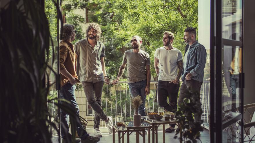 Izal publica el primer single de su próximo disco, 'Hogar', grabado en parte en Mallorca