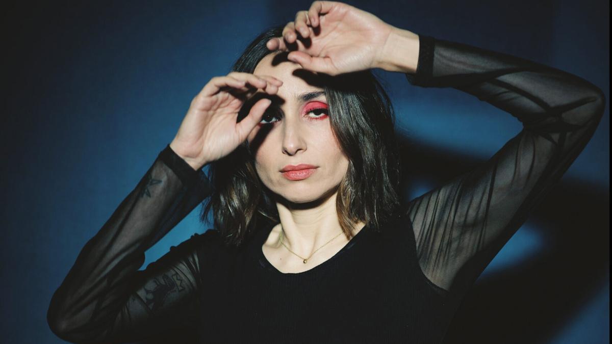 Zahara lanza nuevo álbum, 'Puta'.