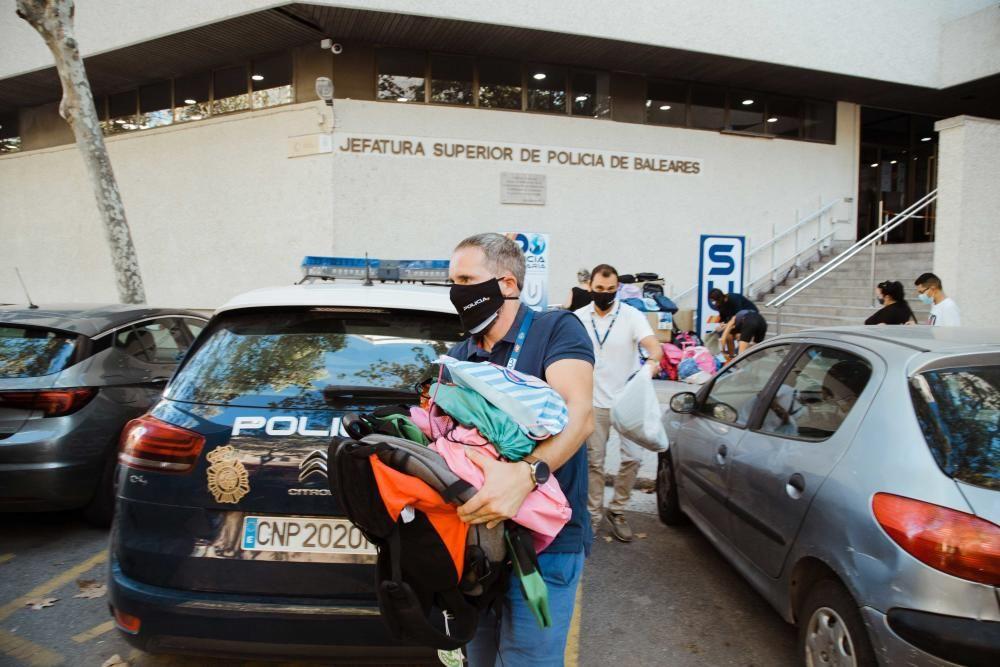 SOS Mamás recoge mochilas para los niños más necesitados