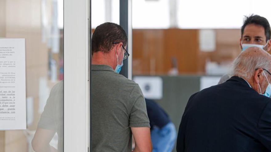 Un acuerdo con la Fiscalía rebaja a un año y nueve meses la pena de cárcel para el autor del robo a Matutes