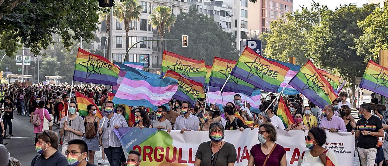 Participantes en la marcha del Orgullo LGTBI que se celebró la semana pasada en Palma.