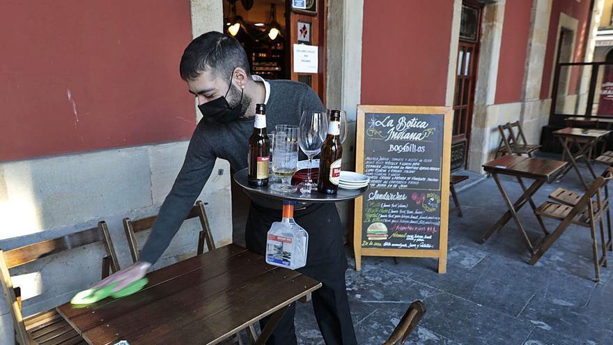 El último pincho y café de La Botica Indiana