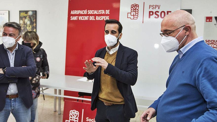 El PSPV defiende a Villar y expedienta a los siete ediles díscolos de San Vicente