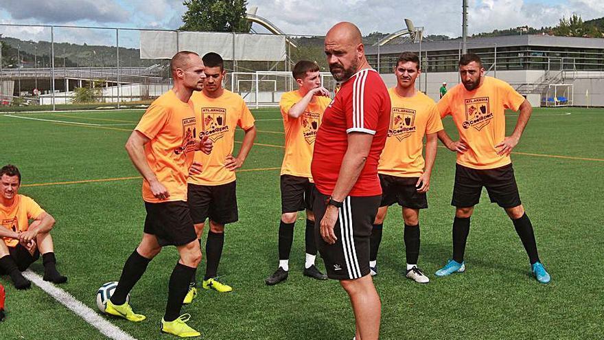 El Atlético Arnoia será la primera visita amistosa para el CD Barco en casa