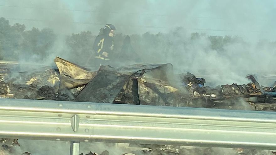 Grave accidente de tráfico en la A-4 entre Pedro Abad y Montoro con dos heridos