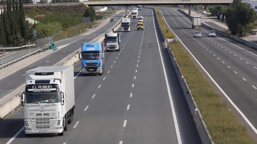 Los camioneros anuncian paros el 27 y 28 de julio para reclamar ayuda ante la crisis