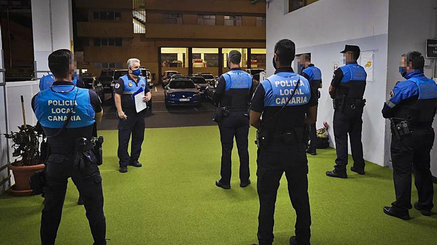 La Policía Local recorre 61 puntos de la ciudad para evitar los botellones