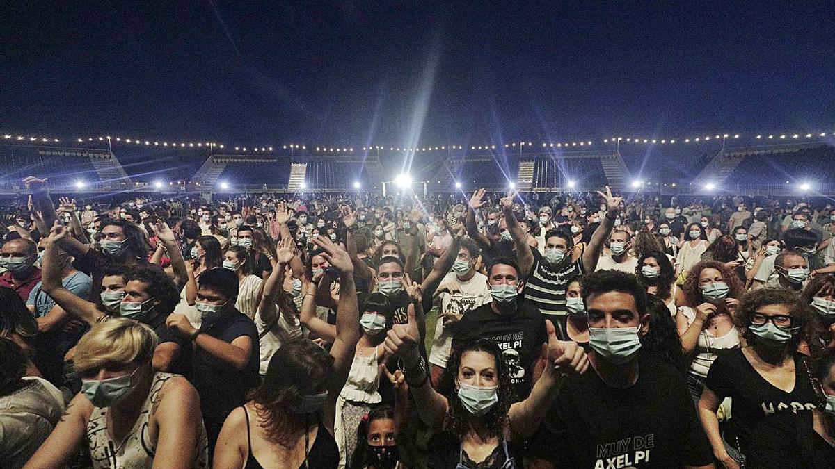 Imagen del concierto de Sidonie del pasado viernes, prueba piloto de apertura del ocio nocturno.