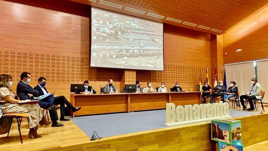 Junta y Diputación reafirman su apoyo al proyecto industrial Puerta del Noroeste en Benavente