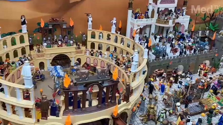 Diego elabora el Vila-real un diorama sobre Semana Santa con más de 4.000 piezas de Playmobil