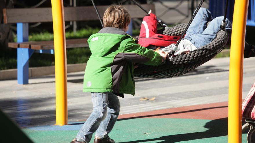Más de 20.000 menores de Murcia están en riesgo de pobreza