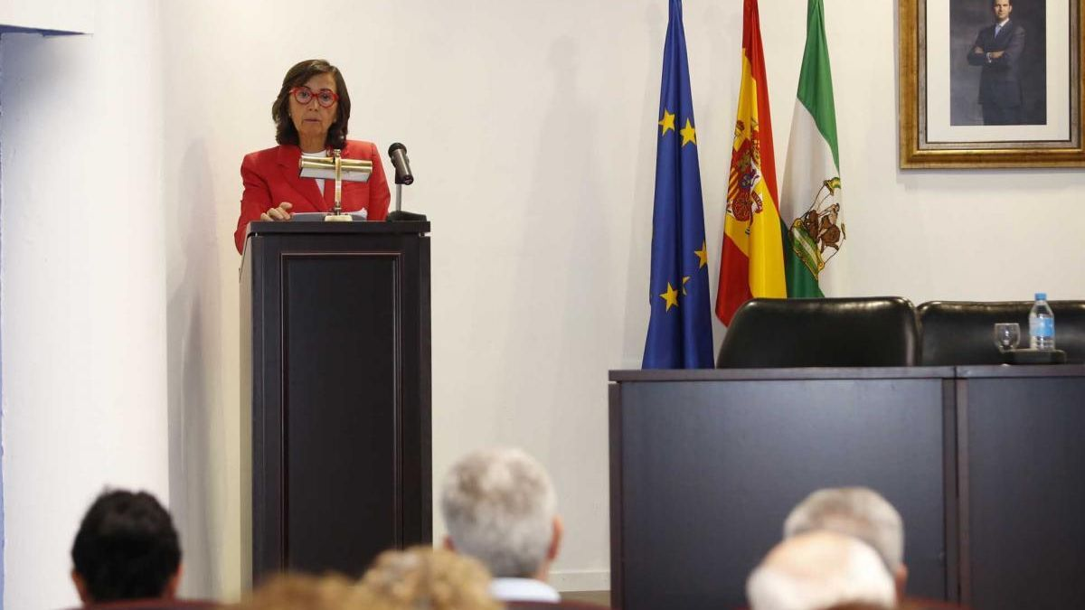 Rosa Aguilar aboga por una mayor presencia de mujeres en las más altas instituciones del ámbito de la Justicia