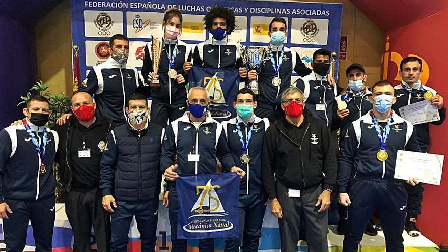 Diez medallas para Baleares en el Nacional de lucha en Murcia