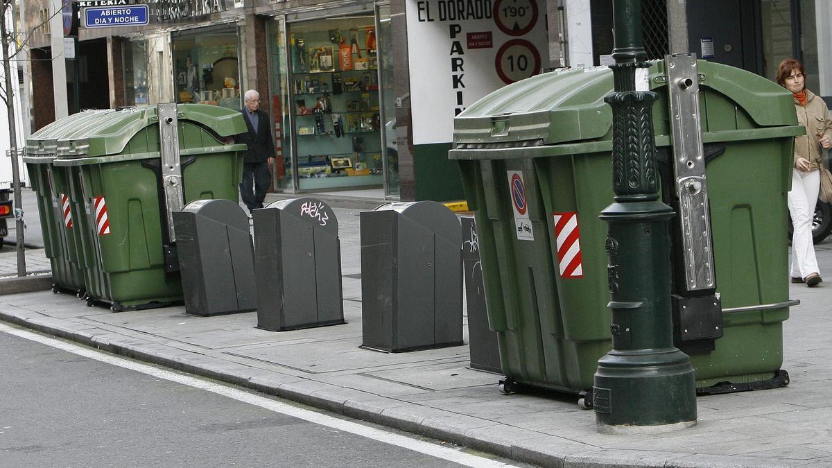 Contenedores en el centro de Vigo.