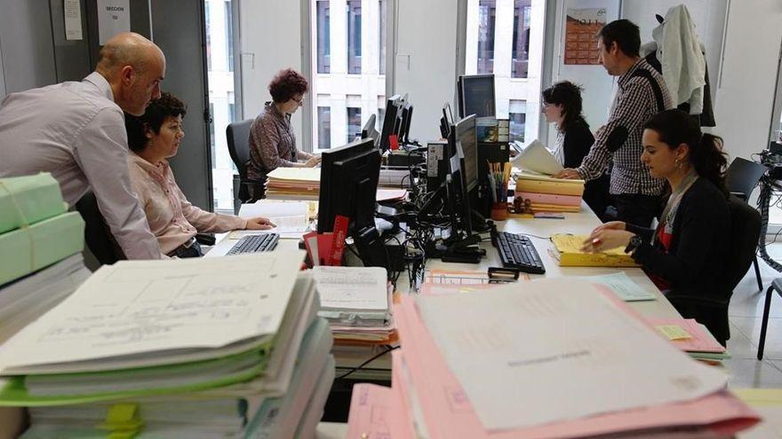 Uno de cada tres empleados públicos tiene contrato temporal