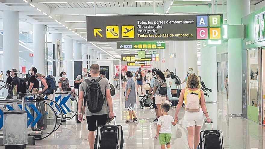 El GOB denuncia una «ampliación encubierta» del aeropuerto de Palma