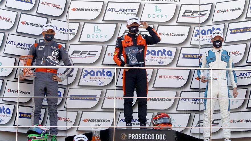 Dani Maciá sube al podio en el Circuit Ricardo Tormo