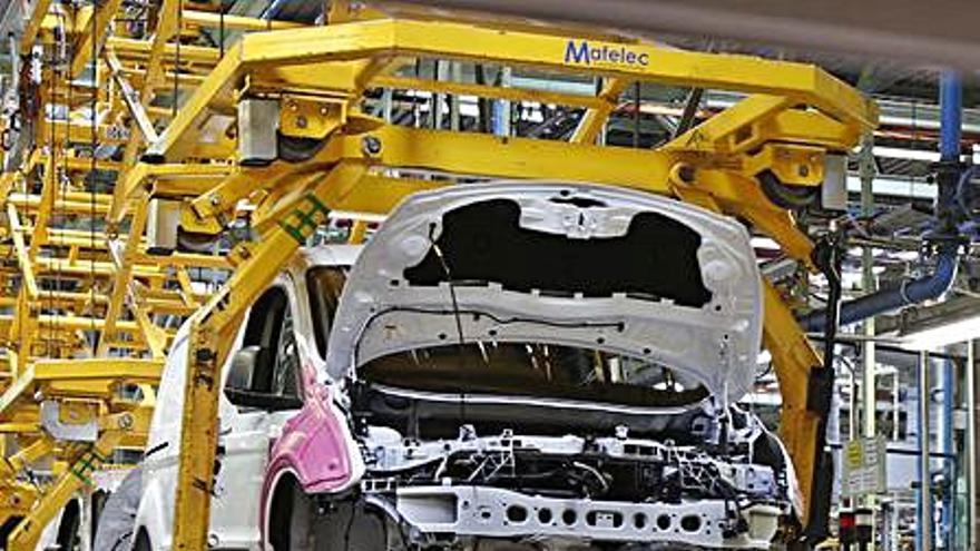 Ford eleva ventas e ingresos en Europa hasta junio pese a la crisis de los chips